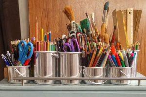art-supplies-1324034_640